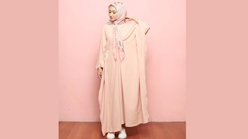 Koleksi Model Busana Gamis Modern Elegan Dian Pelangi