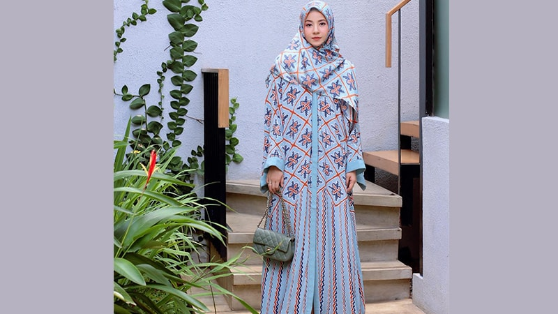 Model Busana Gamis Syari Modern Elegan Natasha Rizky