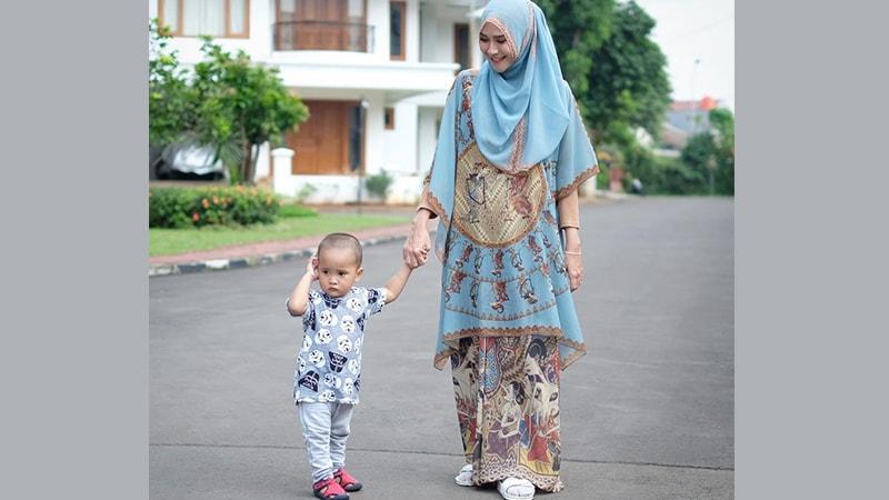 Trend Model Baju Gamis Modern dan Syar'i Terbaru