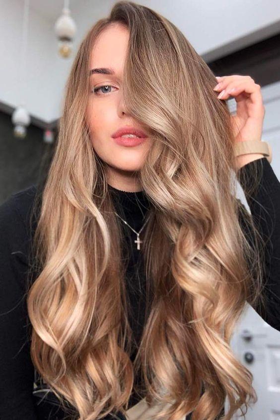 Warna Rambut Pilihan Honey Blonde 2020
